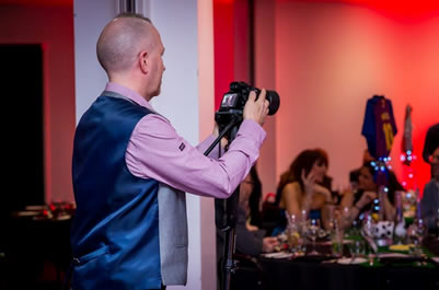 mike brierley filming a wedding